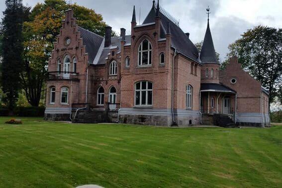 Blant slott og arbeiderboliger på Ulefoss (2)