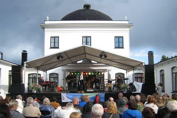 Konsert på Ulefos Hovedgaard i 2009 med Kari Bremnes