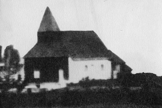 Holla gamle kirke