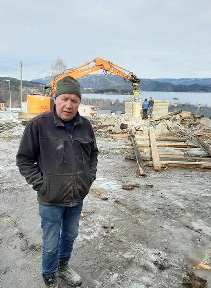 Kirkebakken: tømra tatt ned (10)