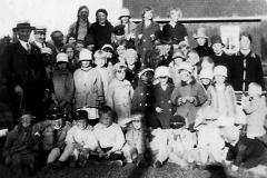 Barnelaget Liljekonvallen på Berget ca. 1930