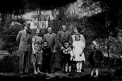 Familiene Larsen og Eide