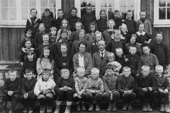 Helgen skole ca. 1925-26