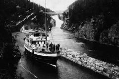 «Inland» i underkanalen i Vrangfoss