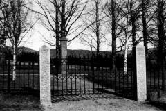 Romnes kirke - Aalls familiegravsted