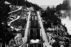 Vrangfoss sluser ferdig i 1892