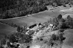 Tinholt gård, Helgen