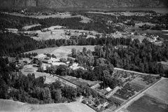 Ulefoss Hovedgaard, Holla