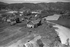 Graver, Valebø