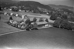 Berget, Holla gård