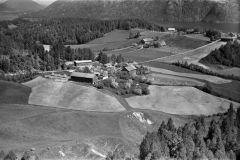 Sannes gård, Sannesgrend